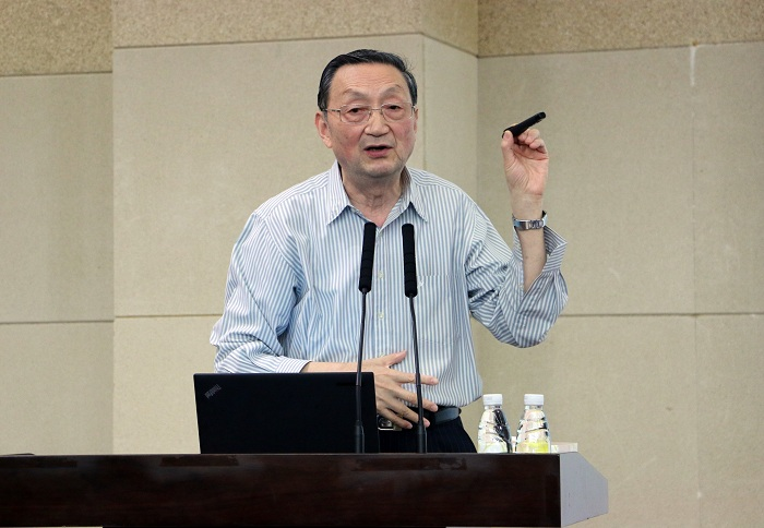 Academician Wu Peiheng talked about cultivation of innovative talents at SUSTC lecture