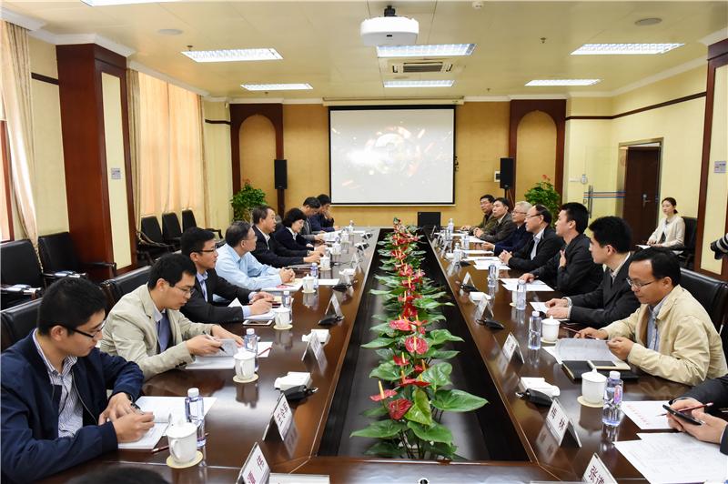 SUSTech Chairman LI Ming visits Shenzhen Polytechnic