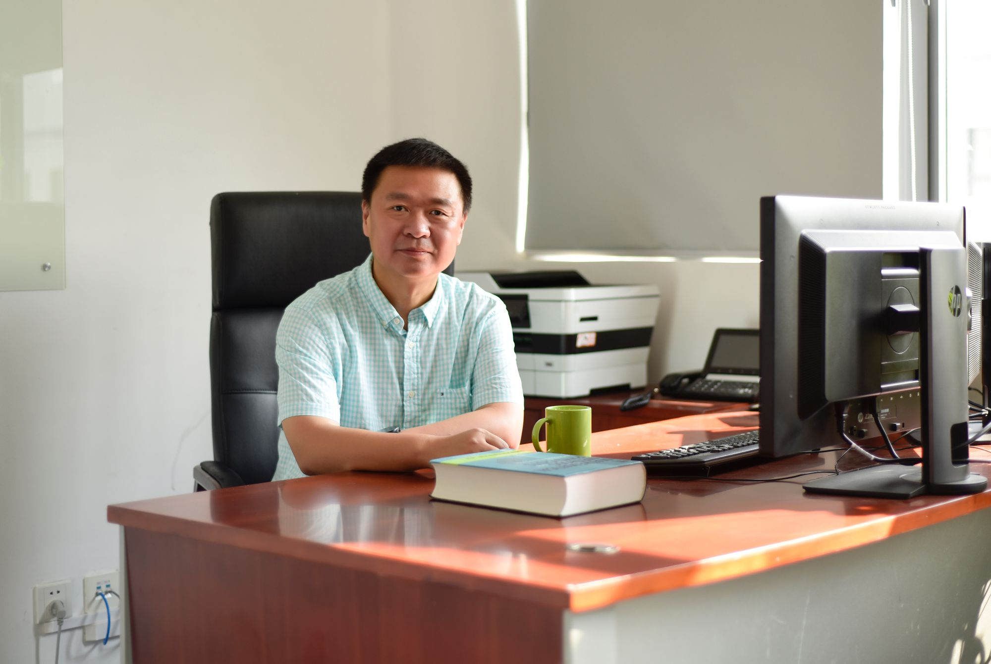 Professor Xiaowen SHAN recognize as APS Outstanding Referees