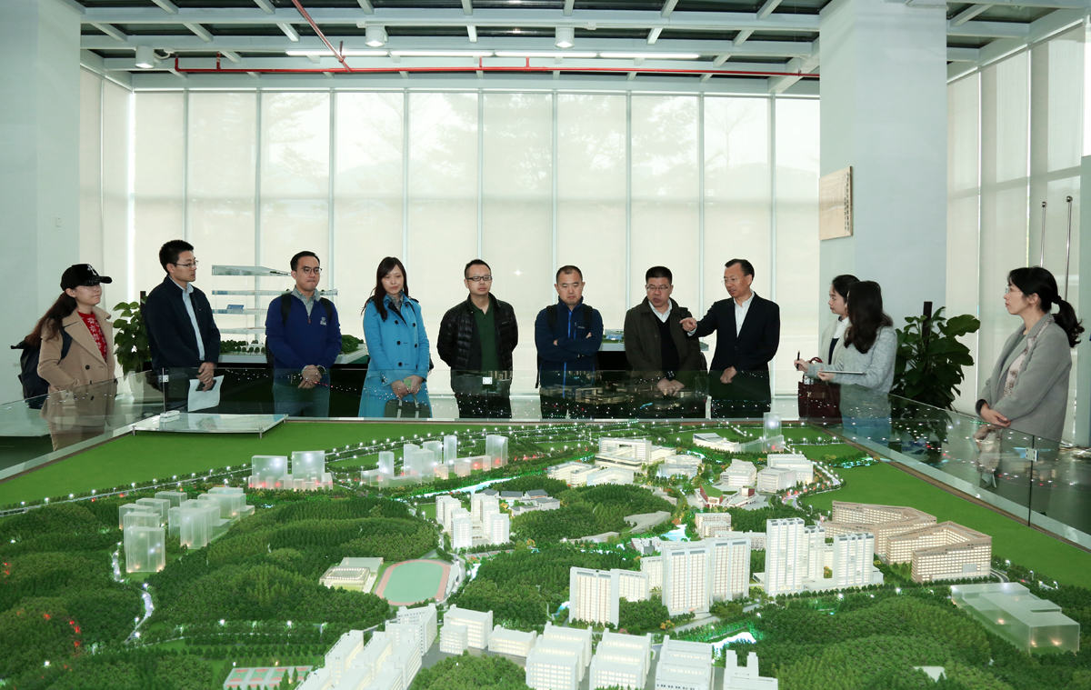 President of Shanghai Theater Academy visits SUSTech