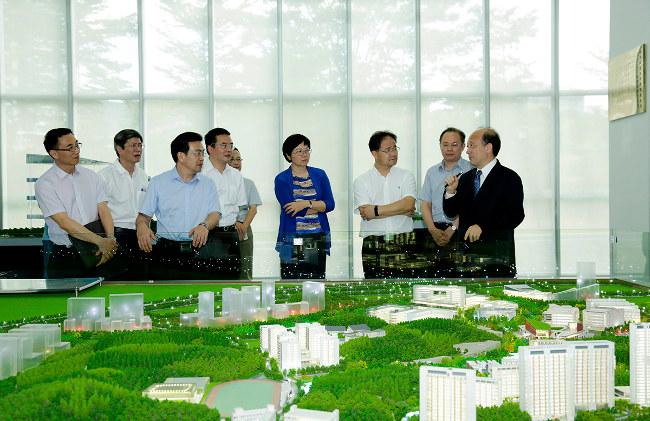 Taizhou Municipal Party Committee Secretary Wang Changrong Visits SUSTech