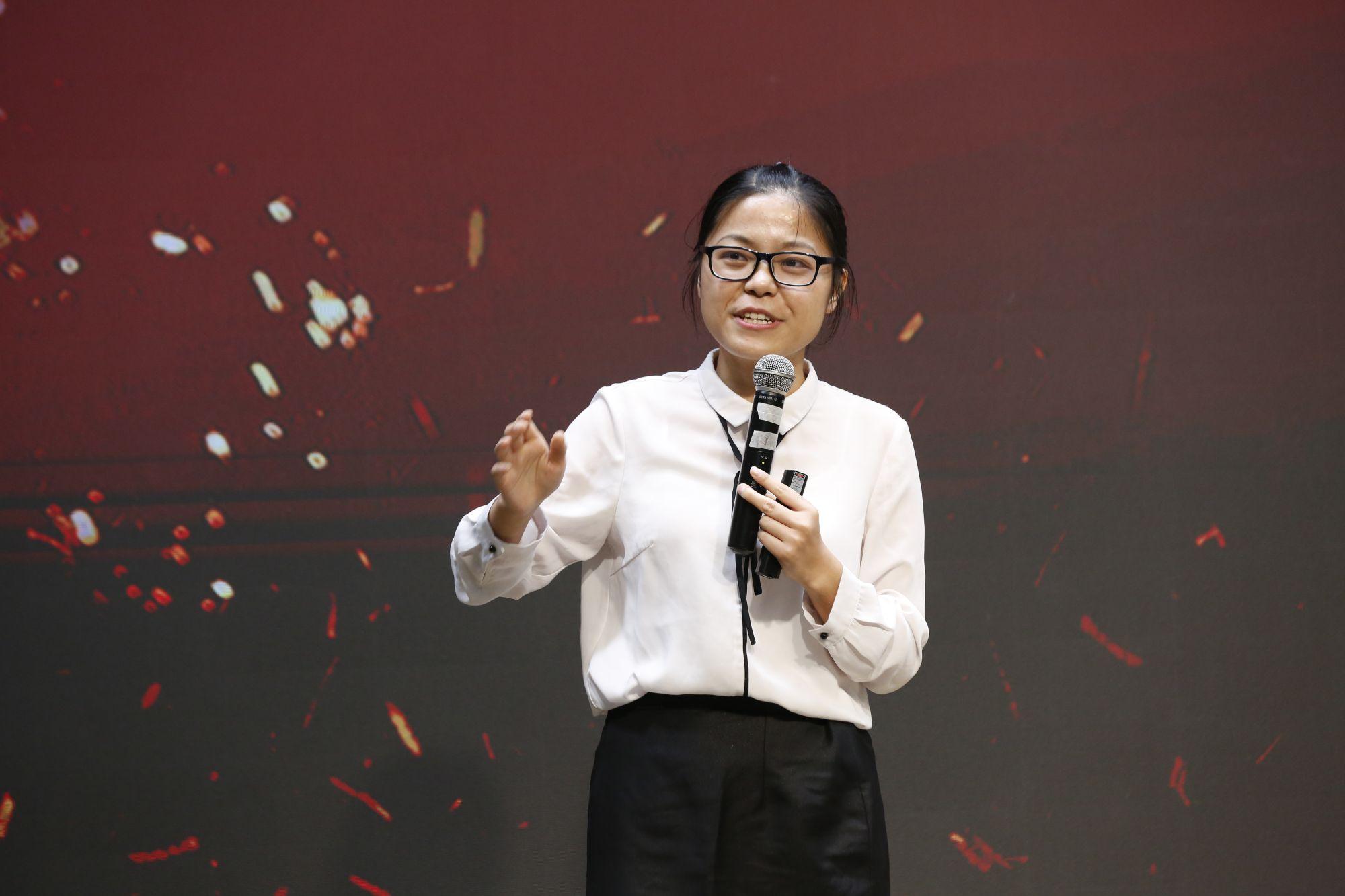 Class of 2018 Graduate Wang Siting: Ordinary Woman's Extraordinary Story