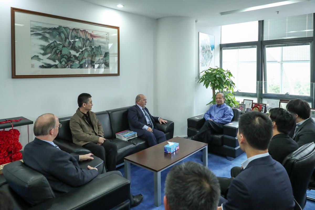 University of Macau Vice Rector comes to SUSTech