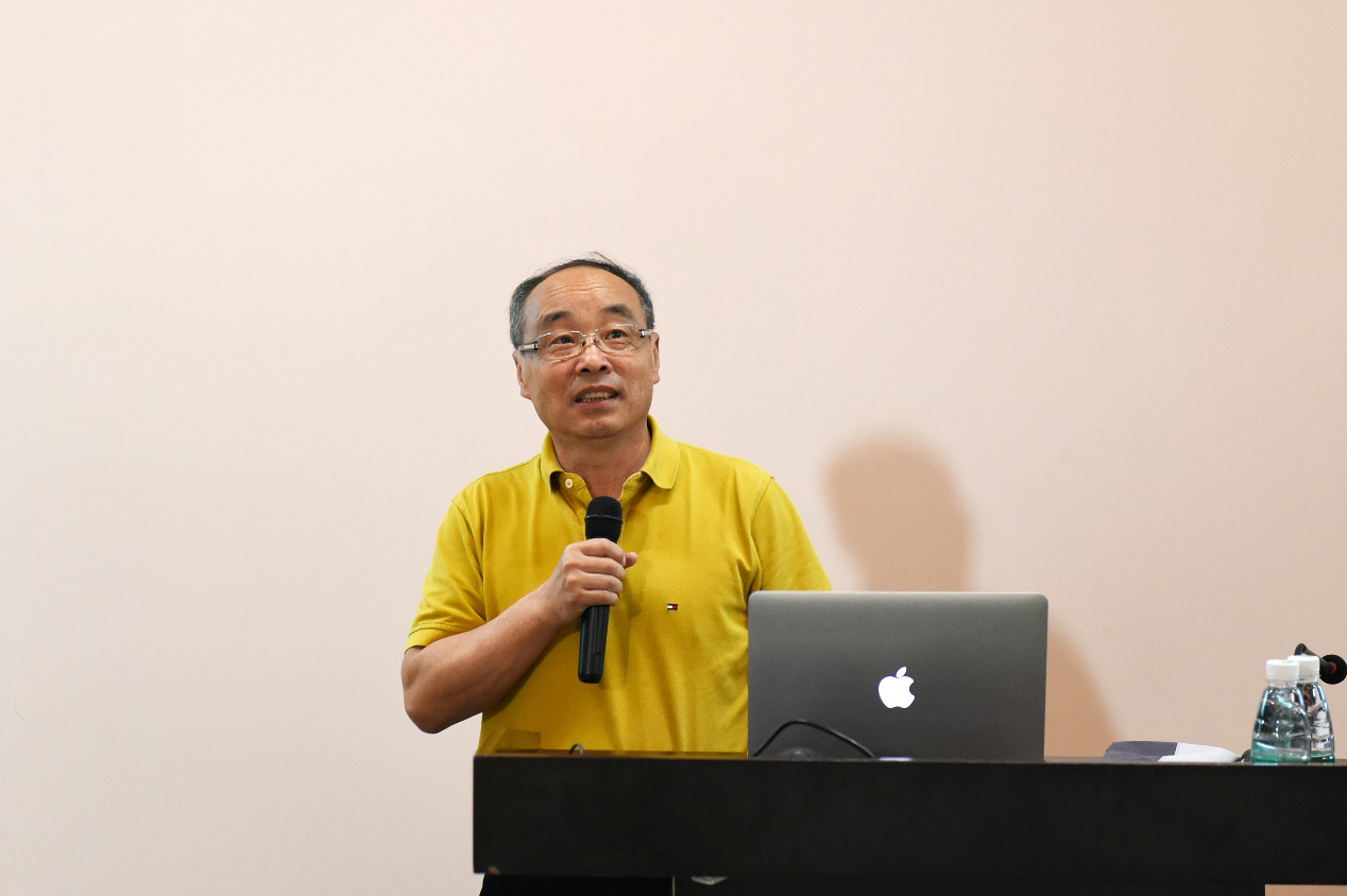 Academician Zhang Ze lectures at SUSTech about material surface structure changes