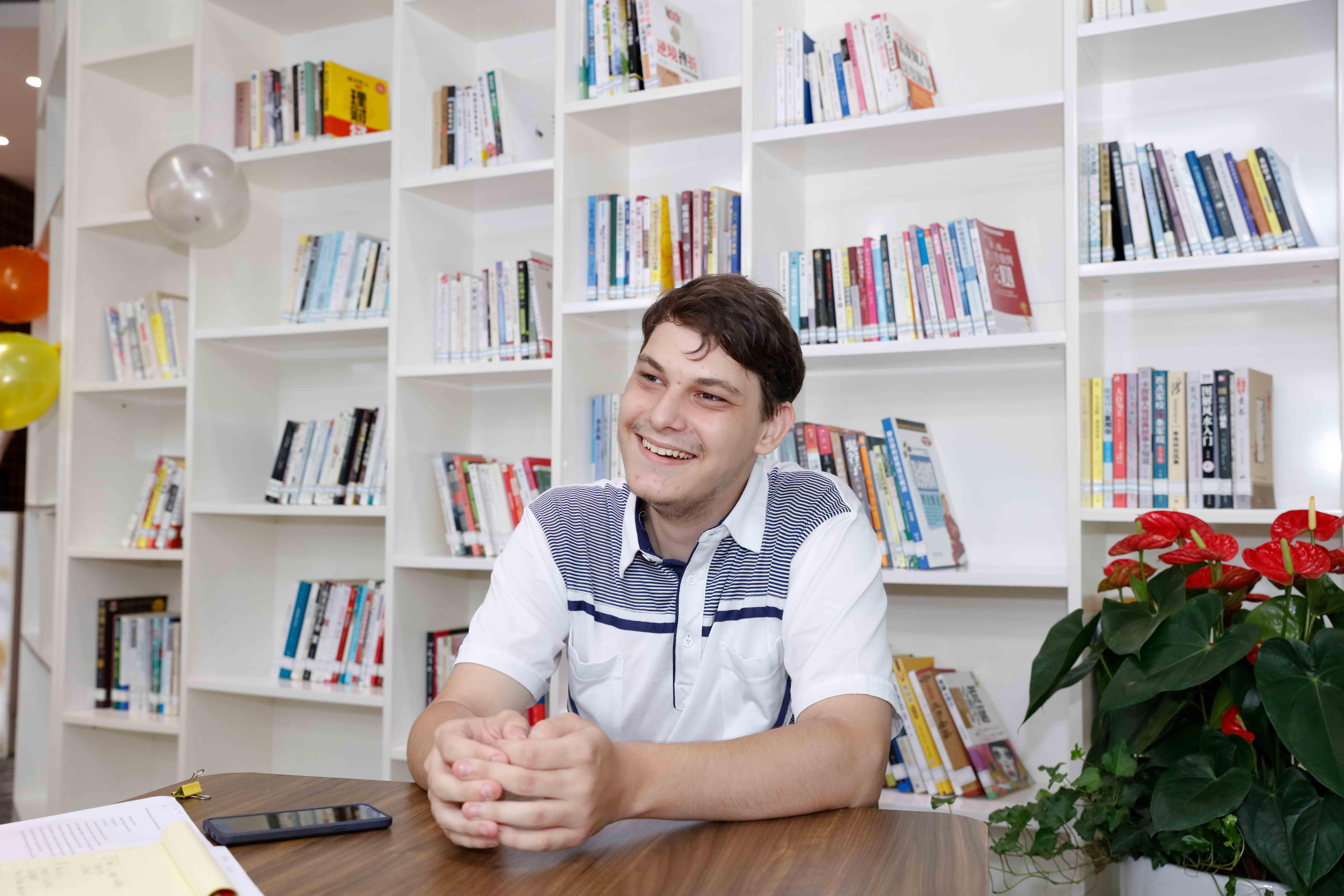 István Zsombó –Talented Hungarian Teen sets sights on Shenzhen future