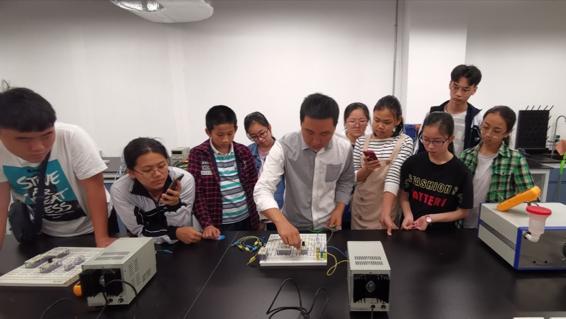 Shenzhen Senior High School visits SUSTech