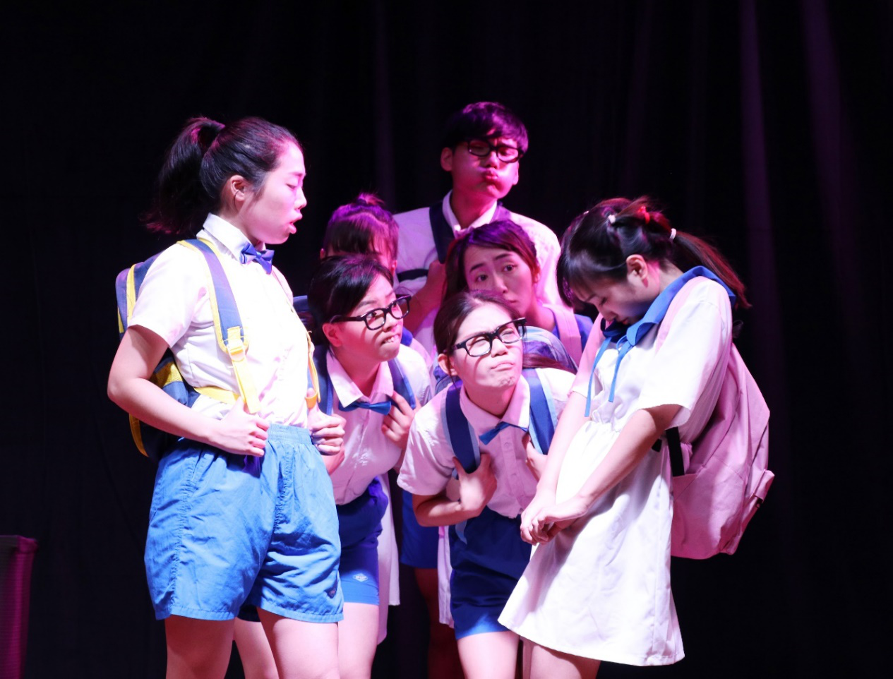University of Macao Drama Club share experience with SUSTech drama clubs