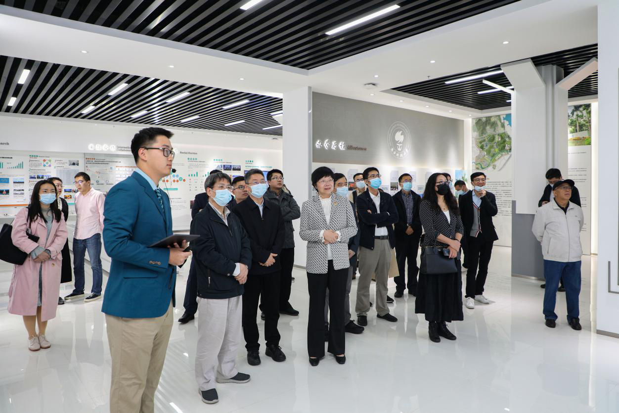 SUSTech welcomes delegates from the Development Research Center of the State Council