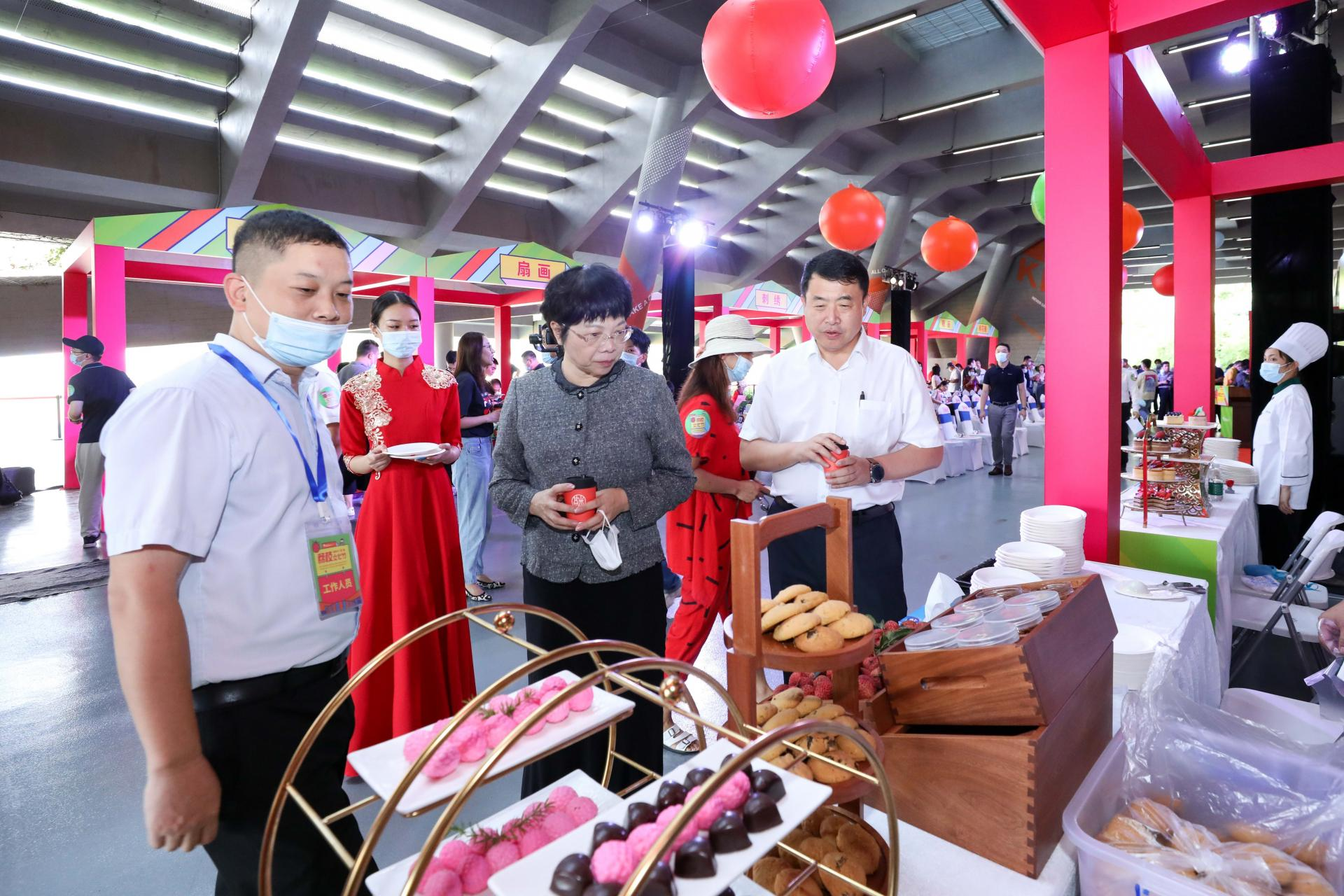 SUSTech holds first Lychee Cultural Festival